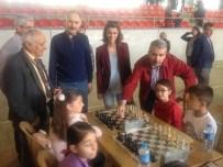 Satranç Turnuvası Nefesleri Kesti