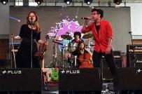 BARIŞ MANÇO - Aydın'dan 10 Lise İzmir'de Sahne Aldı