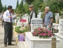 TOYGAR MAHALLESI - Nazilli'de Mezarlıklarda Bahar Temizliği Başladı