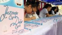 MUSTAFA İMAMOĞLU - Genç Yazarlar Kitaplarını İmzaladı