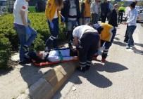 SOLAKLAR - Kocaeli'de Trafik Kazası Açıklaması 4 Yaralı