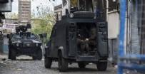 KÜÇÜKDIKILI - Adana'da çatışma: 1 PKK'lı öldürüldü