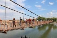 TAHTA KÖPRÜ - Avanos'ta Yerli Turist Yoğunluğu