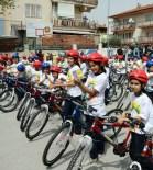 HASAN ESER - Merkezefendi Belediyesi'nden Öğrencilere Bisiklet