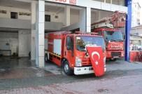 BAKI ERGÜL - Sinop'a Yeni İtfaiye Aracı
