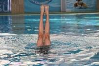 MESİR FESTİVALİ - Senkronize Yüzücüler Mesir'e Renk Kattı