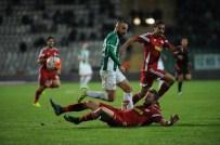 VOLKAN NARINÇ - Bursaspor'da Serdar Ve Dzsudzsak Sivasspor'a Karşı Yok