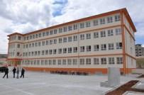 HİDAYET SARI - Kaymakam, İnşaatı Tamamlanan Okulu İnceledi