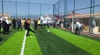 Burhaniye'de Rektör Özdemir'e Pankartlı Teşekkür