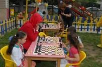 AVNI AKYOL - Geleceğin Kasparov'ları Kıyasıya Yarıştı