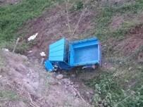 Kabataş'ta Patpat Kazası Açıklaması 3 Yaralı