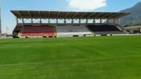RıZA ÇAKıR - Manisa 19 Mayıs Stadyumu'nda Zemin Sorunu Çözüldü