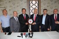 SAMI AYDıN - Tsyd Sivas Şubesinden, Belediye Başkanı Aydın'a Teşekkür Plaketi