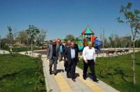KAZAN DAİRESİ - Milletvekili Baloğlu Ve Başkan Akkaya Engelsiz Yaşam Merkezini Gezdi