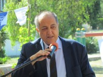 ÇEŞMELI - Çeşme'de Durmuş Yaşar'a Özel Büst