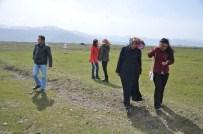 KAÇAK AVCI - Doğacı Gençlerden Kaçak Avcılara Tepki