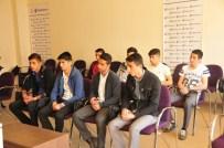 SABRI UZUN - Yüksekovalı Öğrencilere Yardım