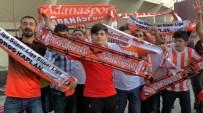 KAMIL OCAK STADı - Adanaspor Taraftarı Şampiyonluğu Kutladı