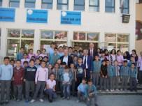 HÜSNÜ ÖZYEĞIN - Büyükçekmece Belediye Başkanı Akgün Tepecik'in Okullarını Gezdi