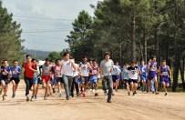 PENDİK BELEDİYESİ - Pendik'te Atletizm Kros Yarışmaları Düzenlendi