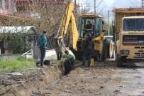 Hakkı Armutçu Caddesi'nde Yenileme Çalışmaları Devam Ediyor
