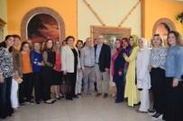 KIRMIZI GÜL - AK Parti İlçe Kadın Kolları Başkanları Aliağa'da Buluştu