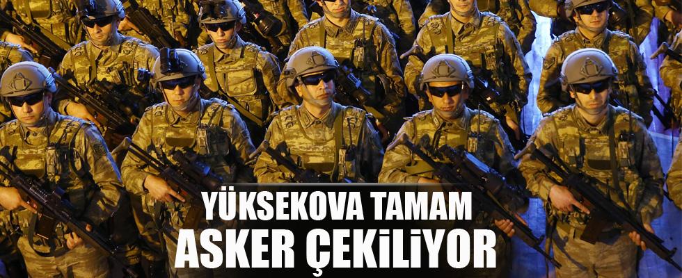 Askeri birlikler Yüksekova'dan ayrılıyor!