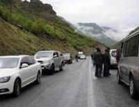 Hakkari'de askeri konvoya roketli saldırı