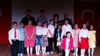 YAVUZ BÜLENT BAKILER - Yozgat 75. Yıl Dr. Müzeyyen Çokdeğerli İlkokulu Öğrencilerinden Şiir Dinletisi