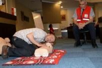 MANKENLER - Belediye Personeline İlk Yardım Eğitimi
