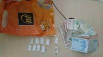 Uyuşturucu Satıcısı Suçüstü Yakalandı