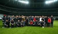 SOHBET TOPLANTISI - Beşiktaşlı Futbolcular Vodafone Arena'yı Gexdi