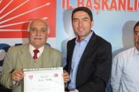 FAŞIST - CHP İl Başkan Enver Kiraz Emektarlara Onur Belgesi Verdi