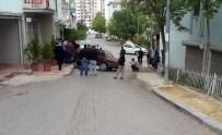 YAKıNCA - Ehliyetsiz Sürücü Polisten Kaçarken Kaza Yaptı