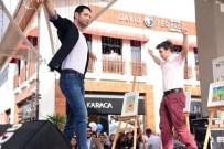 KEREMCEM - Keremcem'den Aydın'da Zeybek Şov