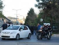 POLİSE SALDIRI - Eyüp'te silah sesleri polisi harekete geçirdi