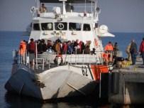Dikili'de Askerler Ve Sığınmacılar Arasında Gerginlik