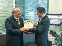 PANAMA KANALı - Panama Büyükelçisinden Dostluk Grubu Başkanı Önal'a Ziyaret