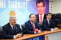 BÖLÜNMÜŞ YOLLAR - 'Kılıçdaroğlu Siyasetin Seviyesini Çukurun Da Dibine Kadar İndirdi'