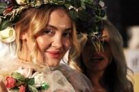 RIZA AKIN - Karnavalda Yarışan Kostümler Defileyle Tanıtıldı