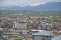 ESENDERE - Yüksekova'da Sokağa Çıkma Yasağı Devam Ediyor