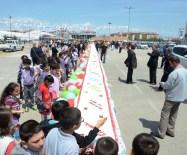 DOĞUM GÜNÜ PASTASI - Azerbaycan'ın Efsanevi Lideri Aliyev İçin 93 Metre Uzunluğunda Yaş Pasta Kesildi
