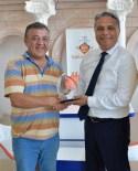 ERCAN ÇİMEN - Başkan Uysal, Şampiyon Briççileri Kutladı