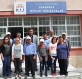 DOĞUM GÜNÜ PASTASI - Engelli Bakım Merkezinden Sungurlu MYO'na Ziyaret