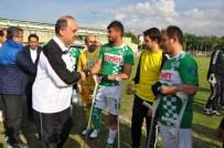 Konya Protokolü Bedensel Engellerilerle Futbol Maçı Yaptı