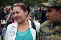 BILGE AKTAŞ - Engelli Oğlu Asker Olan Annenin Sevinç Gözyaşları