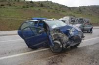 Tercan'da Trafik Kazası Açıklaması 1 Ölü, 2 Yaralı