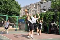 VOLEYBOL MAÇI - Nazilli'de 19 Mayıs Spor Şenlikleri Başladı