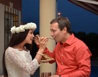 ÇAMYUVA - Rus Ve Ukraynalı Çift, Nikahını Kemer'de Kıydırdı