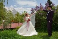 ÇANAKLı - Hakkari'de İlk Kır Düğünü